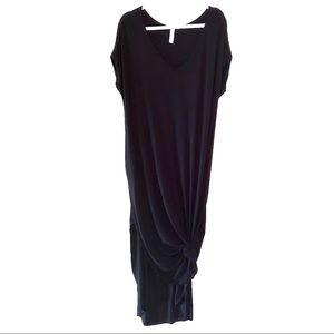 Aluna Levi Dresses - Oversized Black Side Split Maxi